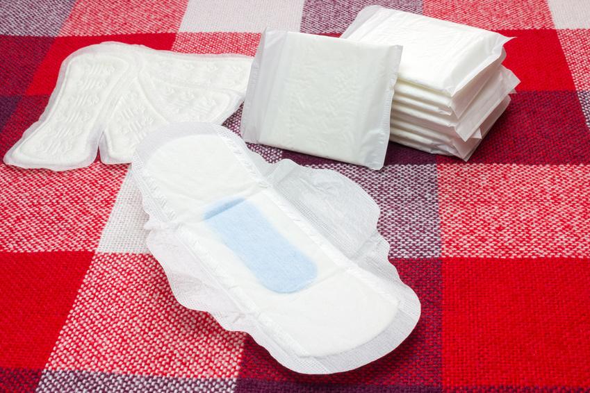 子宮筋腫を悪化させる使い捨て生理ナプキン